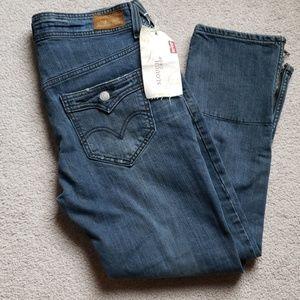 Levi's Slouch Crop Jeans